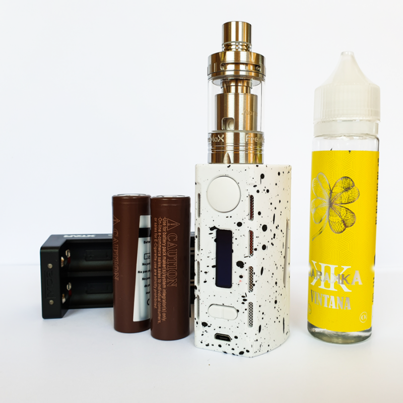 Pack TeslaCigs WYE200 + Free Max Starre Pure + Liquide 79,90 €